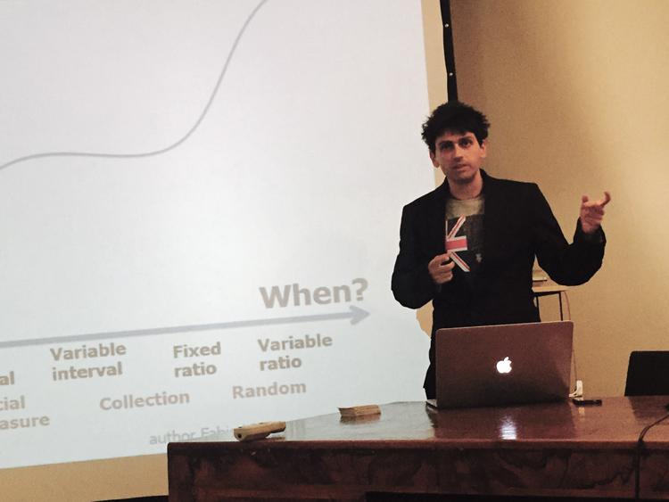 Il game e gamification designer Fabio Viola spiega il rewarding framework